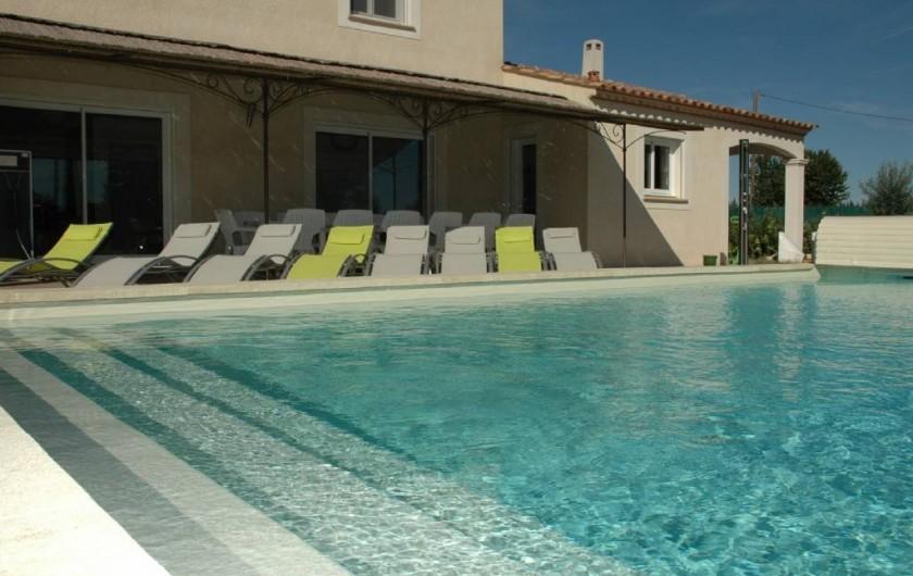 Location de vacances - Villa à Arles - Piscine