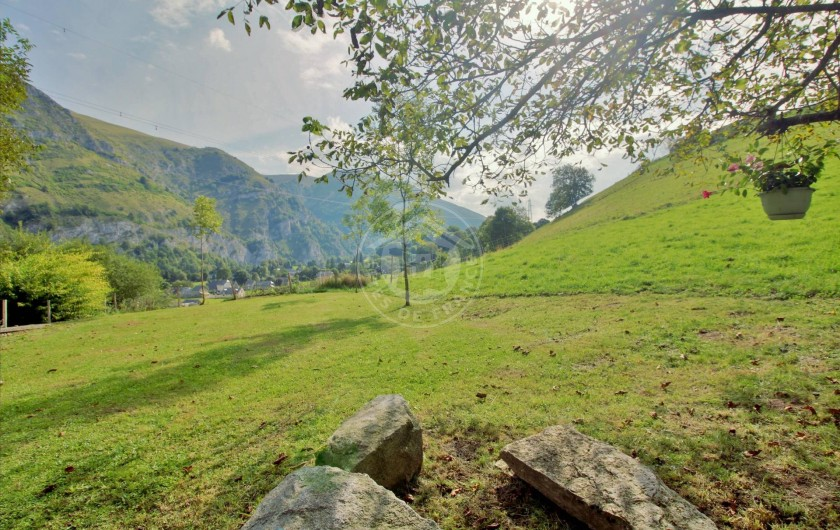 Location de vacances - Gîte à Sainte-Marie de Campan - vue sur les montagnes