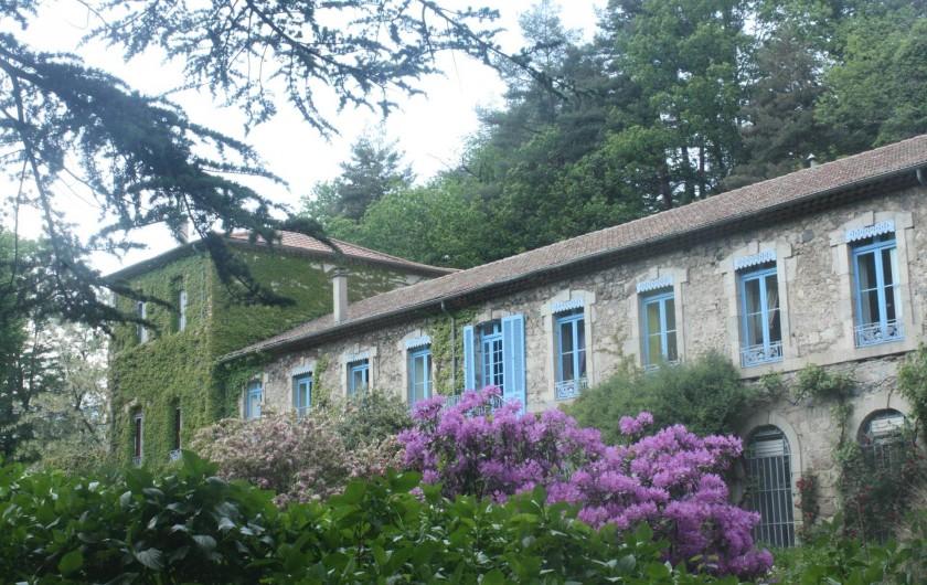 Location de vacances - Château - Manoir à Burzet - Le Chateau de Lamades