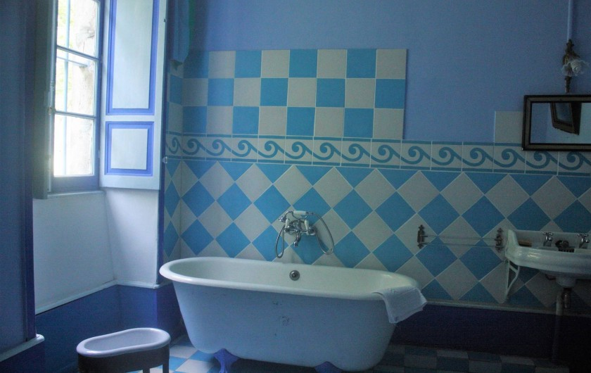 Location de vacances - Château - Manoir à Burzet - Salle de bain Valérie