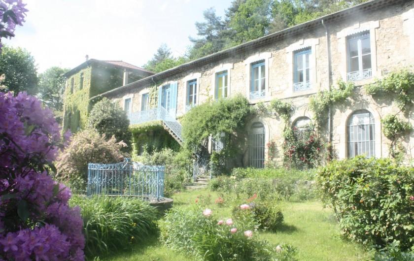 Location de vacances - Château - Manoir à Burzet - jardin de Lamades