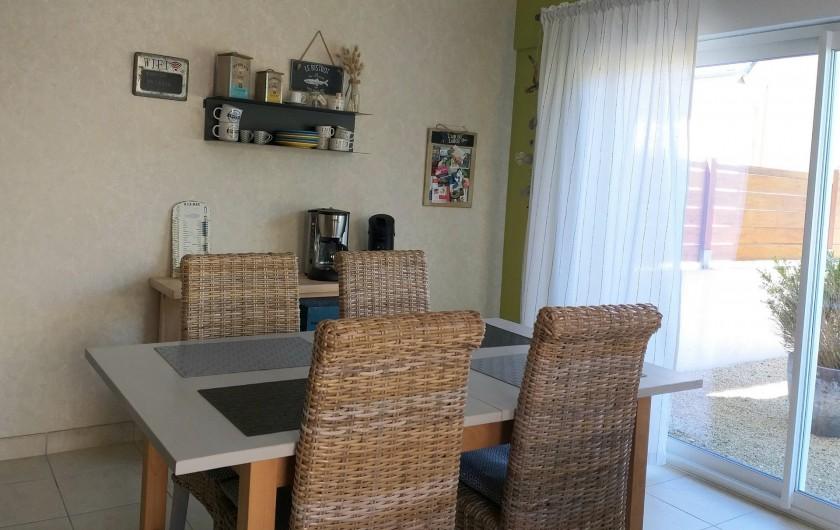Location de vacances - Villa à Cléder - Coin repas