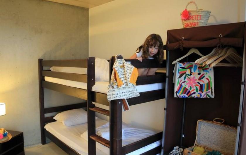 Location de vacances - Gîte à Sainte-Féréole - Chambre lits superposés