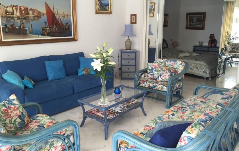 Location de vacances - Appartement à Cannes - Salon