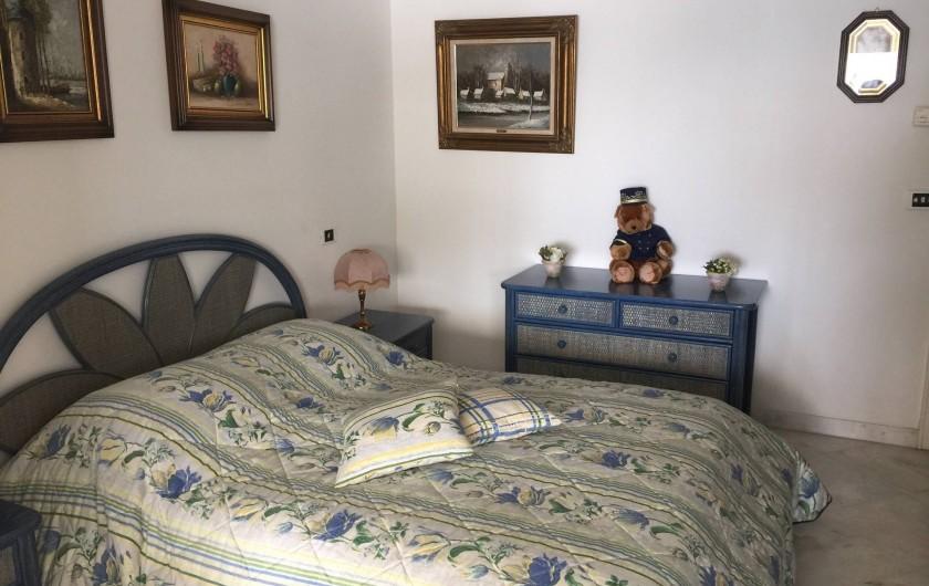 Location de vacances - Appartement à Cannes - Chambre à coucher