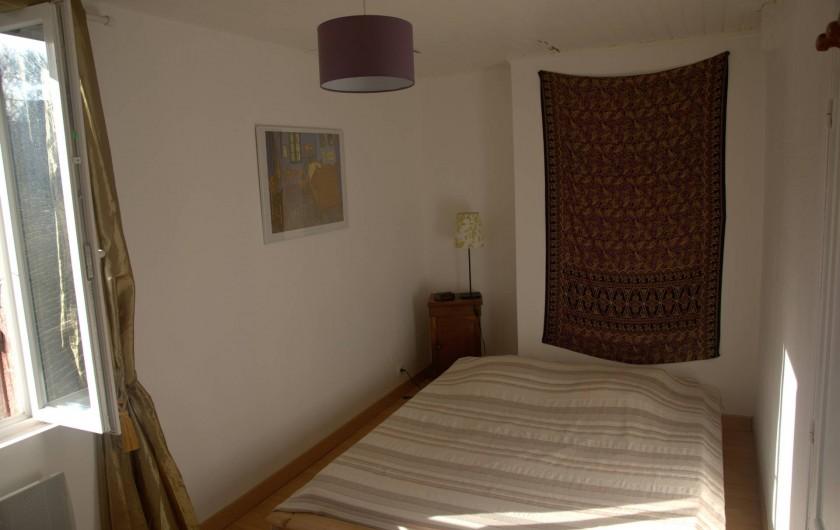 Location de vacances - Gîte à Guitres - Chambre grand lit    (160) La Gabarre