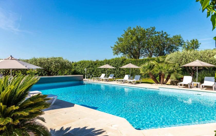 Location de vacances - Gîte à Crillon-le-Brave - La piscine