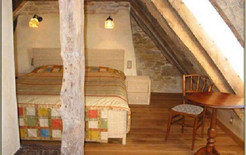 Location de vacances - Gîte à Saint-Cybranet - chambre lit double étage