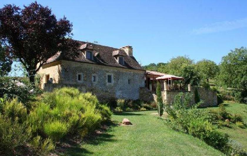 Location de vacances - Gîte à Saint-Cybranet - vue de l'Ermitage façade nord