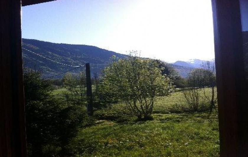 Location de vacances - Chalet à Taninges - point de vue de la salle à manger