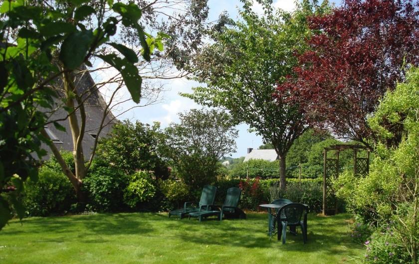 Location de vacances - Gîte à Melgven - Jardin privatif