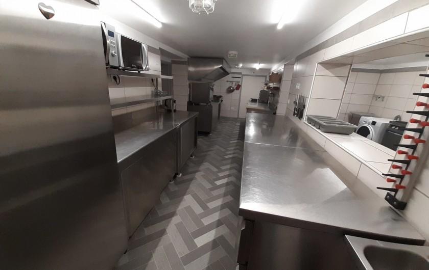 Location de vacances - Maison - Villa à Beaujeu-Saint-Vallier-Pierrejux-et-Quitteur - Cuisine professionnelle