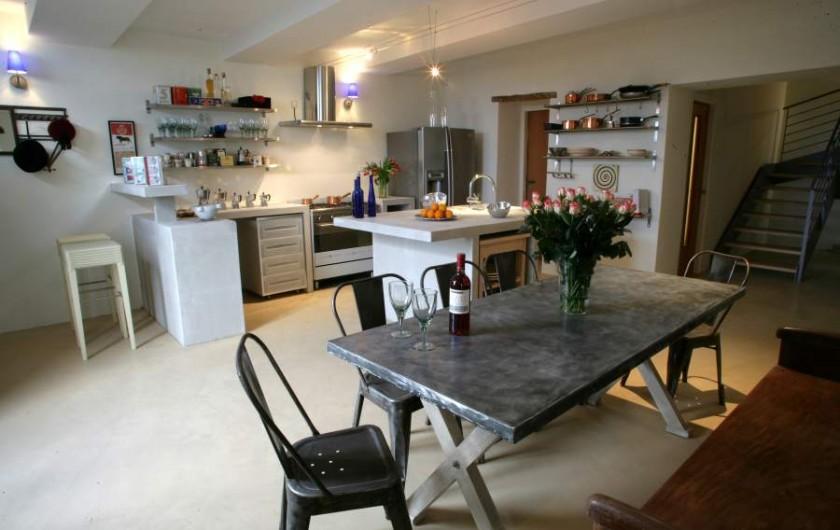 Location de vacances - Maison - Villa à Ménerbes - Notre Cuisine - elle done envie de cuisinier. Sinon on vous trouve un chef.