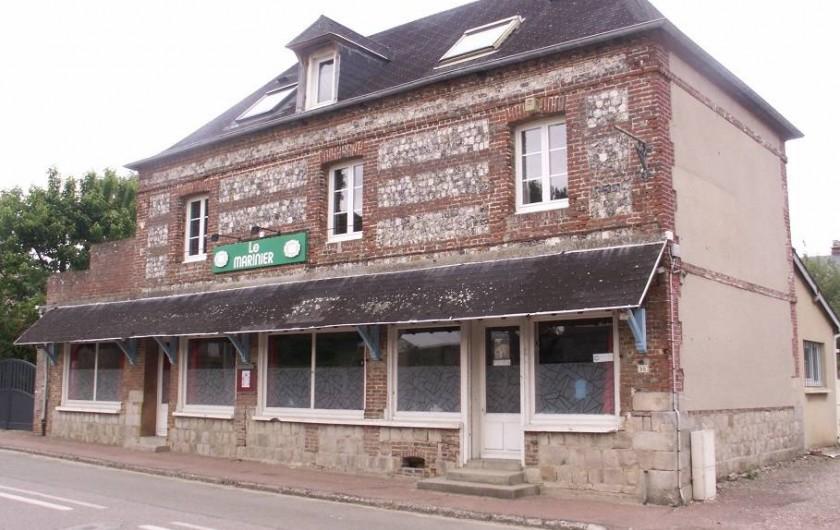 Location de vacances - Gîte à Saint-Aubin-sur-Mer - façade du gite