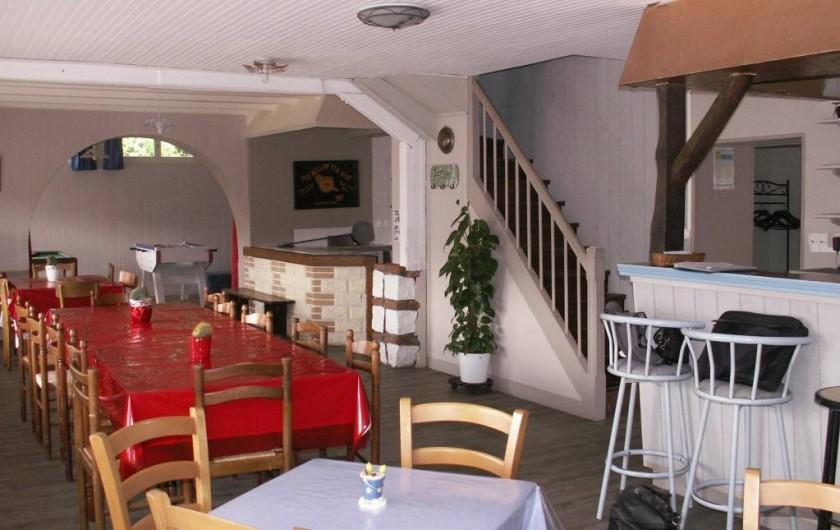 Location de vacances - Gîte à Saint-Aubin-sur-Mer - salle à manger