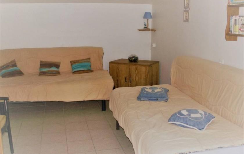 Location de vacances - Gîte à Saint-Aubin-sur-Mer - chambre rez de chaussée suite