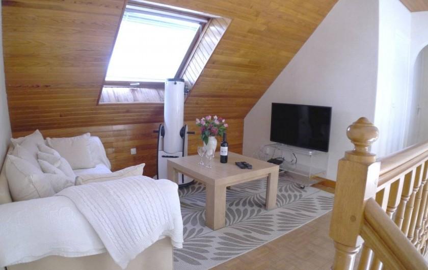 Location de vacances - Maison - Villa à Fouesnant - Coin salon sur la mezzanine