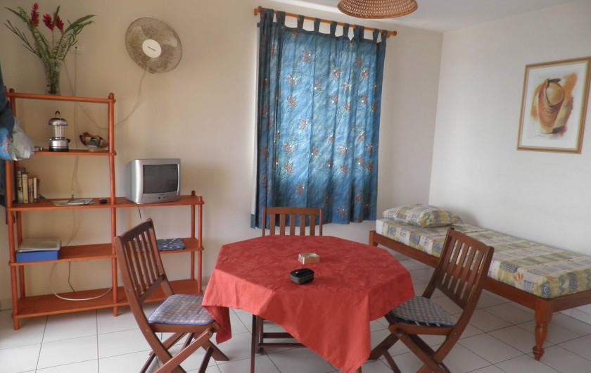 Location de vacances - Appartement à Les Anses-d'Arlet - Séjour (1 couchage)