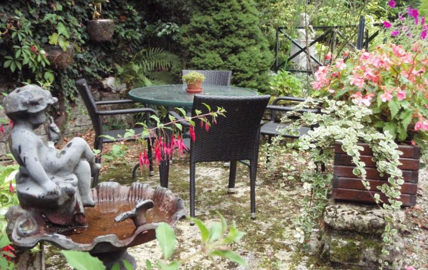 Location de vacances - Gîte à Sancey-le-Grand - la terrasse 2
