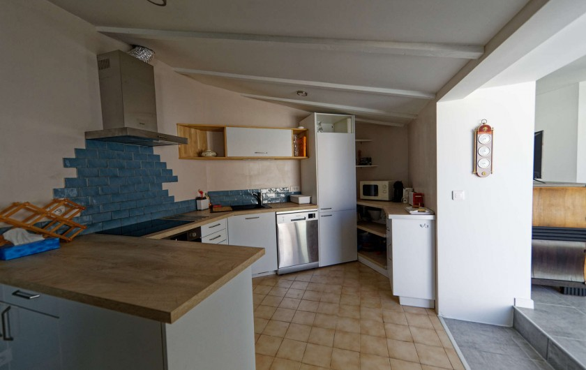 Location de vacances - Villa à Les Sables-d'Olonne - cuisine vue depuis le séjour
