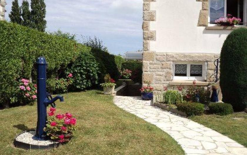 Location de vacances - Appartement à Cancale - Allée d'entrée.