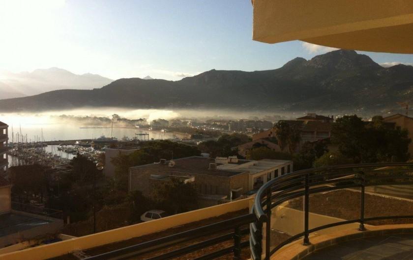 Location de vacances - Appartement à Calvi - Au petit matin