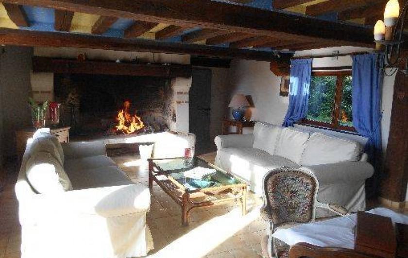 Location de vacances - Gîte à Pont-l'Évêque - Salon avec cheminée