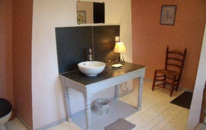 Location de vacances - Gîte à Pont-l'Évêque - Douche étage (douche walk-in + toilette + lavabo)