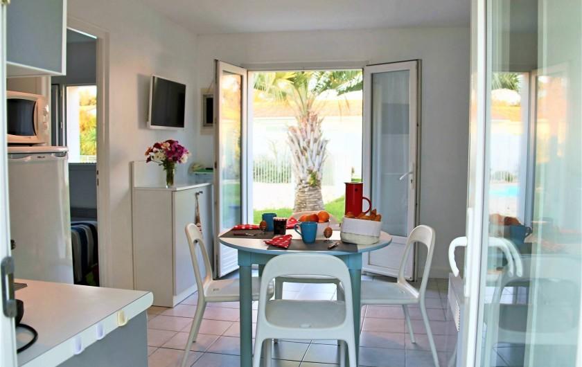 Location de vacances - Maison - Villa à Sainte-Marie-de-Ré - vue sur le jardin