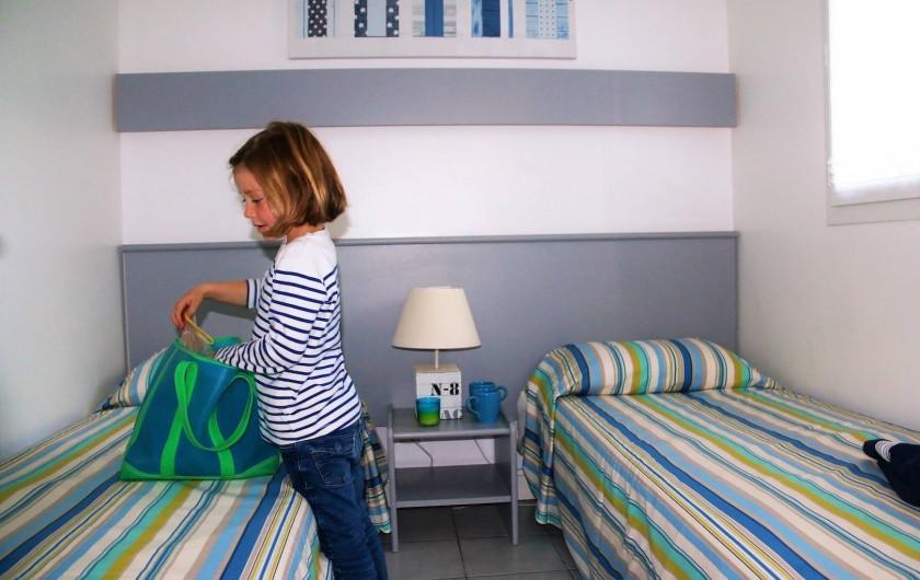 Location de vacances - Maison - Villa à Sainte-Marie-de-Ré - Je range mes affaires avant de partir à la plage.