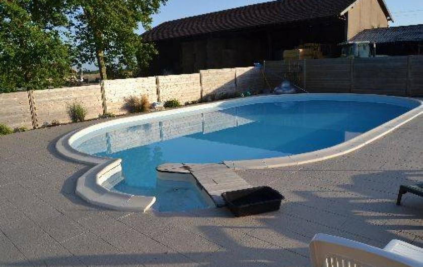 Location de vacances - Gîte à Saint-Vivien-de-Médoc - piscine