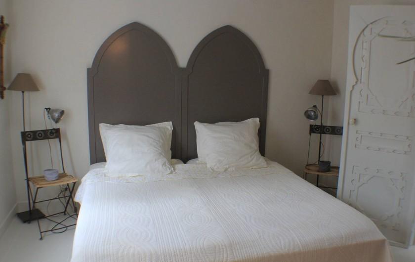 Location de vacances - Villa à Porto-Vecchio - chambre en bas