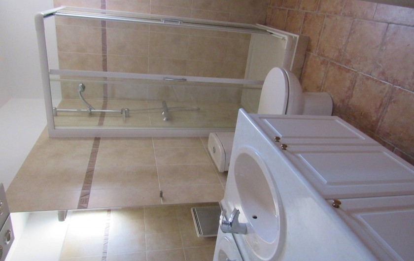 Location de vacances - Villa à Cotignac - Salle de douche