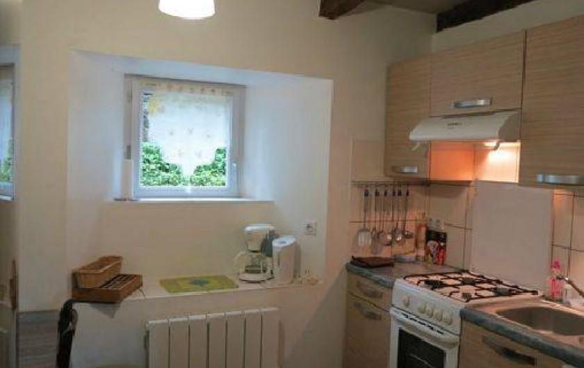 Location de vacances - Gîte à Saint-Pierre-de-Nogaret - Cuisine indépendante toute équipée