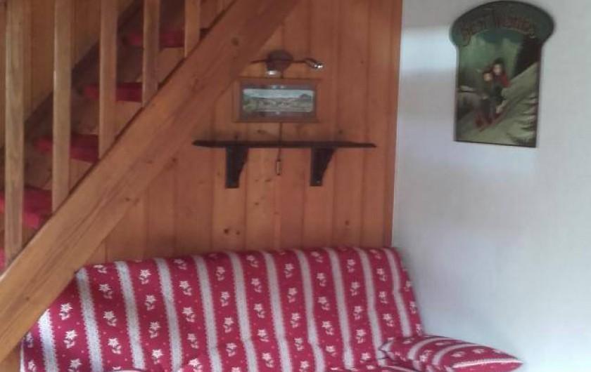Location de vacances - Appartement à Le Grand-Bornand - salon- séjour - canapé