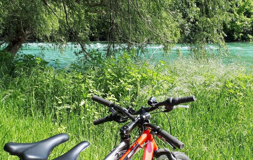 Location de vacances - Chambre d'hôtes à Habas - Beaucoup de randonnées possibles, ici au bord du Gave de Pau