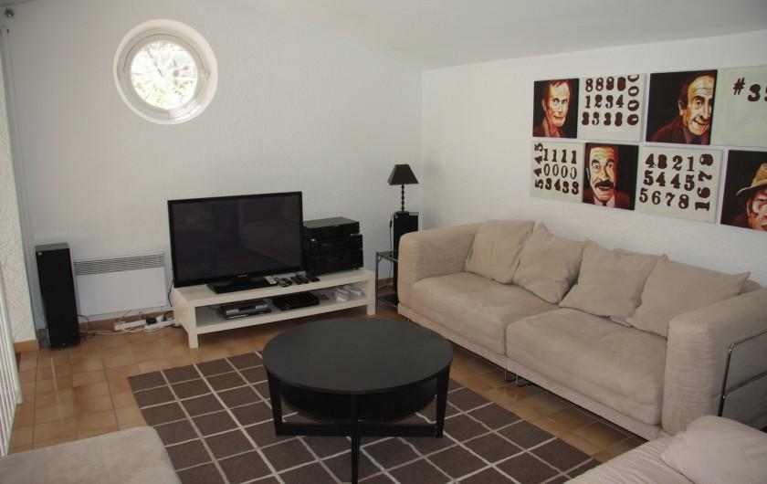 Location de vacances - Villa à Sainte-Maxime - Mezzanine avec divan-lit