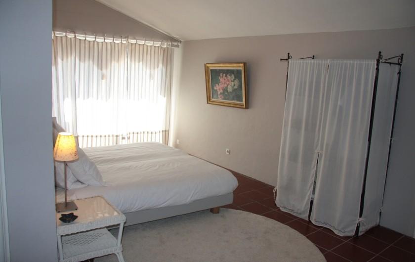 Location de vacances - Villa à Sainte-Maxime - Chambre beige