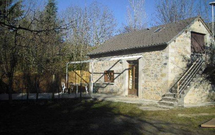 """Location de vacances - Camping à Barjac - Gîte """"la Margeride"""" pour 4 personnes"""