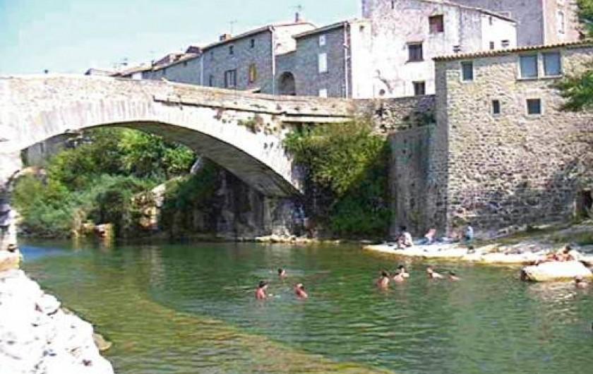 Location de vacances - Gîte à Narbonne - Baignade en rivière