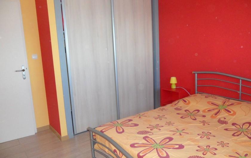 Location de vacances - Villa à Trois Bassins - chambre 1 avec   placard, vue sur lagon