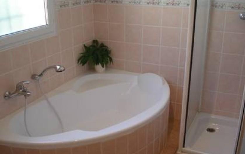 Location de vacances - Gîte à Vaison-la-Romaine - salle de bain