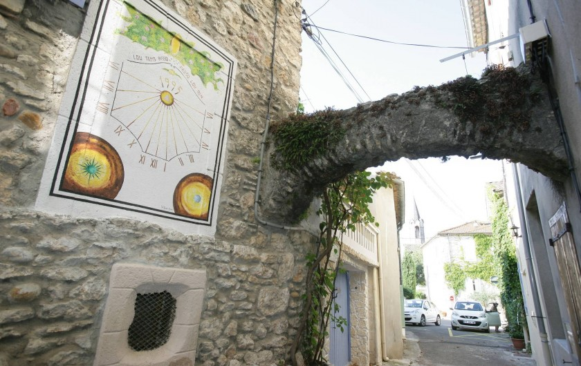 Location de vacances - Maison - Villa à Saint-Martin-d'Ardèche - rue piétonne