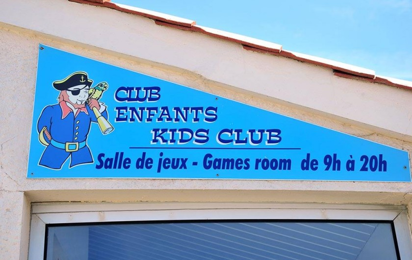 Location de vacances - Bungalow - Mobilhome à Saint-Hilaire-de-Riez - club enfants le matin pris en charges avec  une animatrice