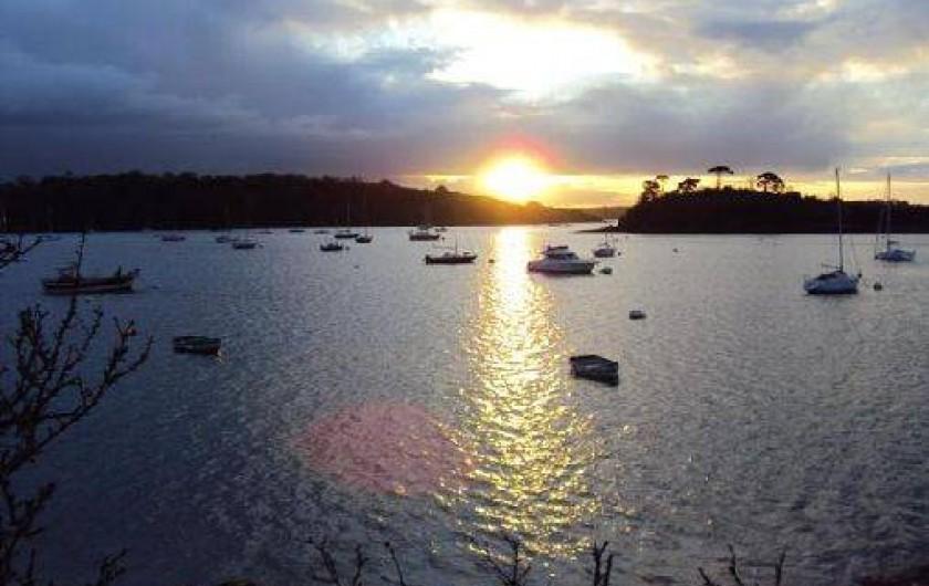 Location de vacances - Gîte à Saint-Malo - coucher de soleil a 200 metres du gite
