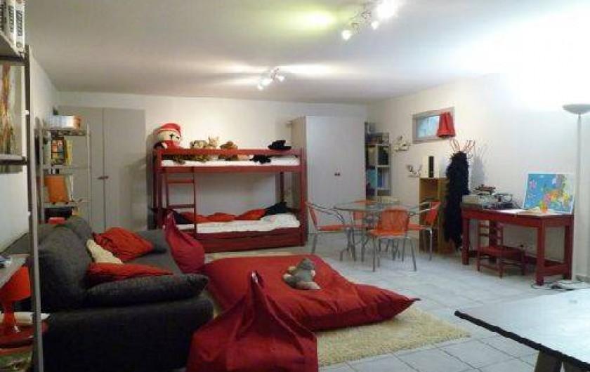 Location de vacances - Villa à Caluire-et-Cuire - la salle de jeu /dortoirs