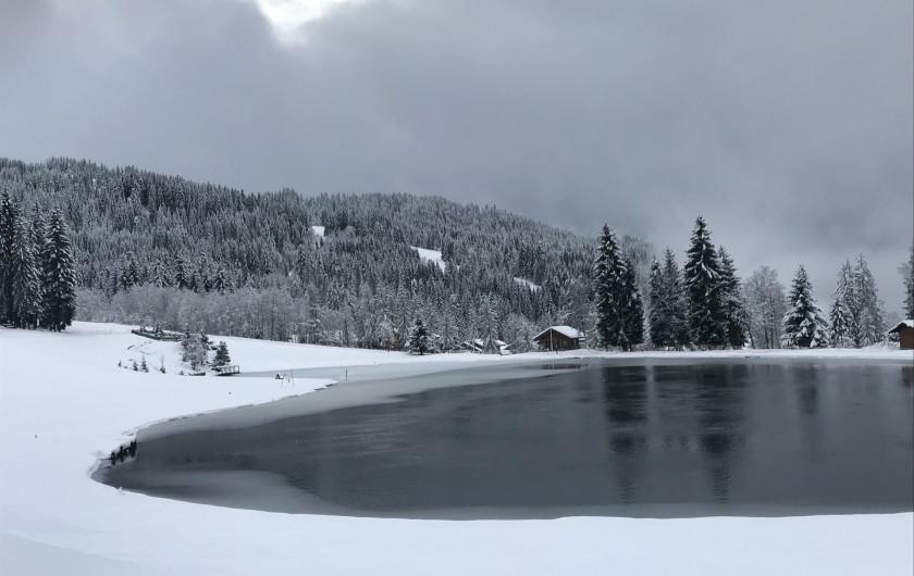 Location de vacances - Appartement à Les Gets - Lac des écoles / hiver