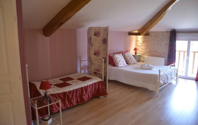 Location de vacances - Chambre d'hôtes à Auty - Chambre Tourterelle  Couchage 160/200 + 90/190