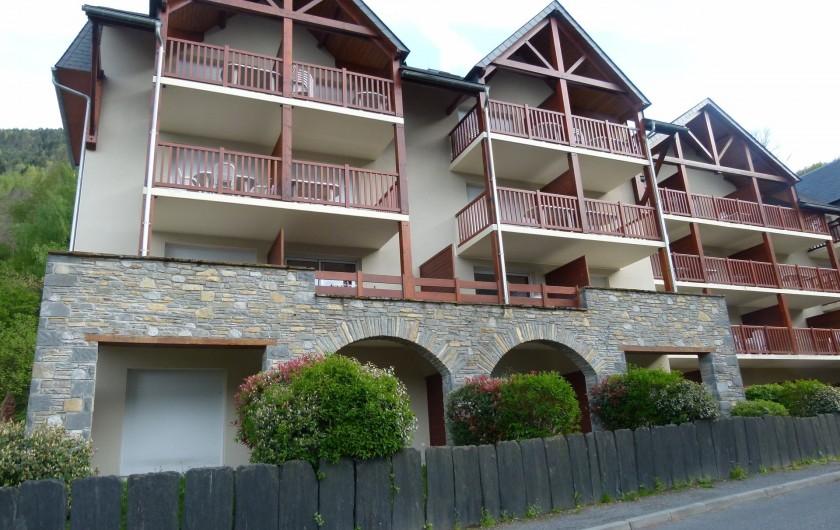 Location de vacances - Appartement à Saint-Lary-Soulan - façade immeuble