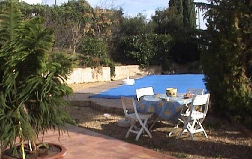 Location de vacances - Villa à Mandelieu-la-Napoule - une autre vue de la piscine
